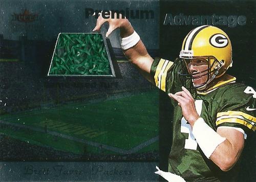 ブレット・ファーブ NFLカード Brett Favre 2001 Fleer Premium Home Field Advantage Turf 233/314