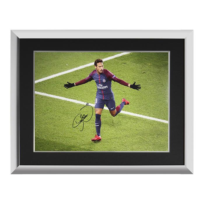 ネイマール 直筆サインフォト額装 パリ・サンジェルマンFC UEFAチャンピオンズリーグ ゴール vs セルティック Neymar Jr Signed Paris Saint-Germain Photo: UEFA Champions League Goal vs Celtic 3/12入荷