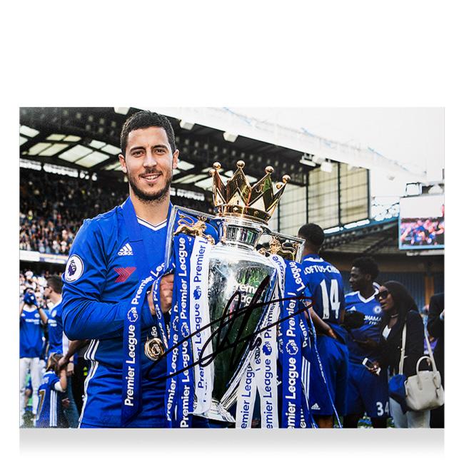 エデン・アザール チェルシー 2016-17 プレミアリーグ ウィナー 直筆サインフォト 額装 Eden Hazard Signed Chelsea Photo: 2016-17 Premier League Winner 3/27入荷