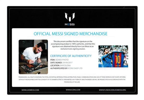 リオネル・メッシ 直筆サインフォト 額装 FC バルセロナ クラシコ セレブレーション (Lionel Messi Official Silver Signed Barcelona Photo: Iconic Clasico Celebration)