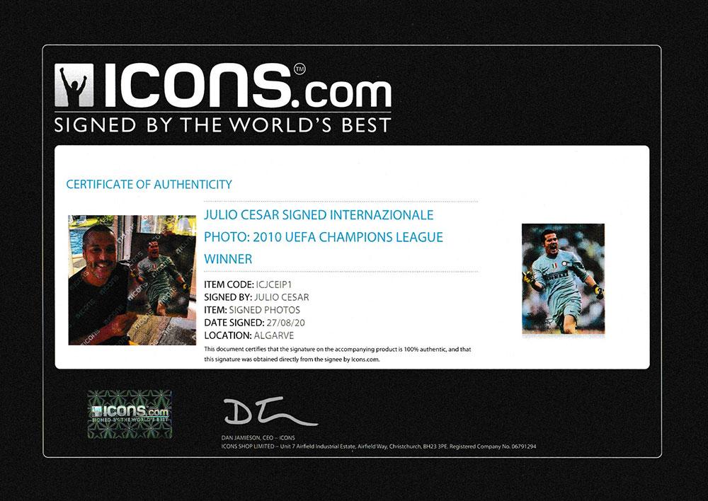 ジュリオ・セザル 直筆サイン入りフォト インテル・ミラノ 2010 UEFA チャンピオンズリーグウィナー (Julio Cesar Signed Internazionale Photo: 2010 UEFA Champions League Winner)