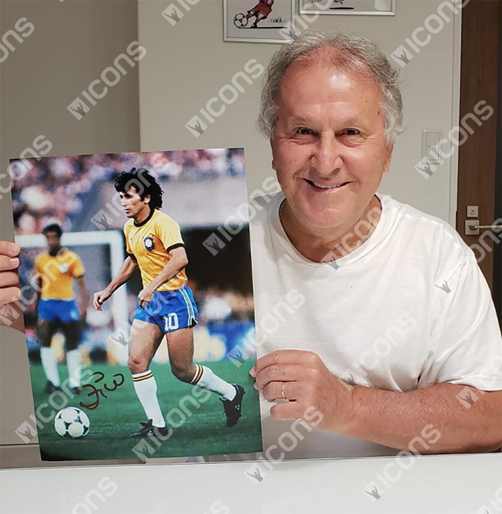 ジーコ 直筆サイン入りフォト ブラジル代表 1982ワールドカップ (Zico Signed Brazil Photo: 1982 FIFA World Cup)