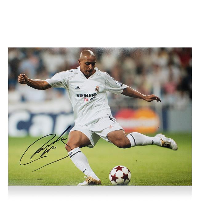 ロベルト・カルロス 直筆サインフォト レアルマドリード UEFA チャンピオンズリーグ アイコン (Roberto Carlos Signed Real Madrid Photo: UEFA Champions League Icon)