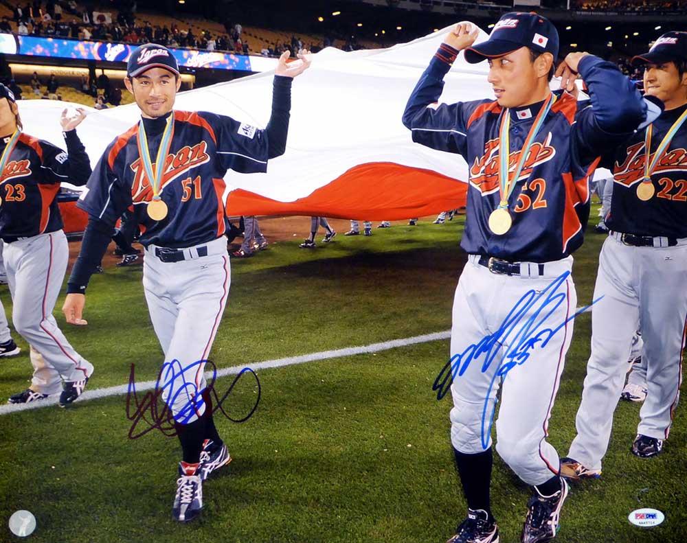 イチロー & 川崎宗則 2009 ワールド・ベースボール・クラシック 直筆サインフォト 16x20 (Ichiro Suzuki & Munenori Kawasaki Autographed 16x20 Photo WBC Team Japan PSA/DNA ITP Stock)
