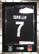 クリスティアーノ・ロナウド 直筆サイン入りユニフォーム 2019-20 ユヴェントス ホーム 額装シルバー (Cristiano Ronaldo Juventus F.C. Fanatics Authentic Autographed 2019-20 Home Authentic Jersey) 1/20入荷!