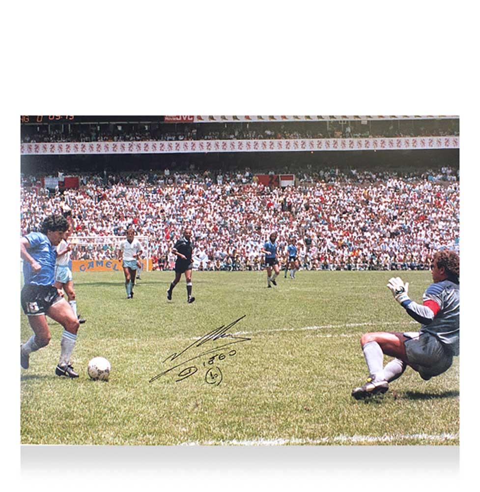 ディエゴ・マラドーナ 直筆サイン入りフォト アイコニック 1986 ゴール vs イングランド Diego Maradona Signed Argentina Photo: Iconic 1986 Goal vs England 10/21入荷!