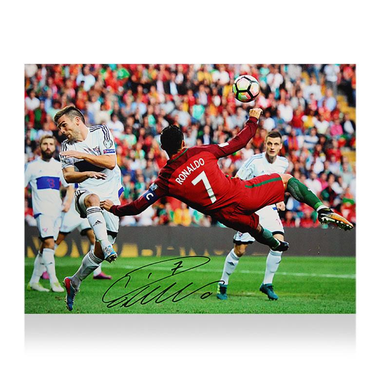 クリスティアーノ・ロナウド ポルトガル オーバーヘッド・キック・ゴール 直筆サインフォト Signed Portugal Photo: Overhead Kick Goal / Cristiano Ronaldo 12/18入荷!