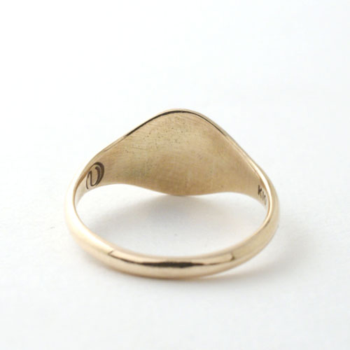 SIGNET RING OVAL SMALL-GOLD