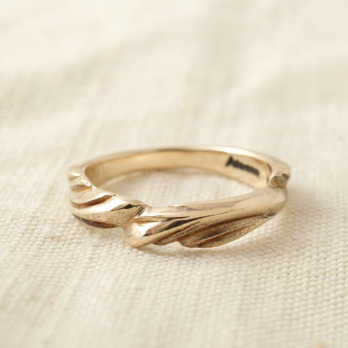 GOLD FEATHER KALEVALA RING S