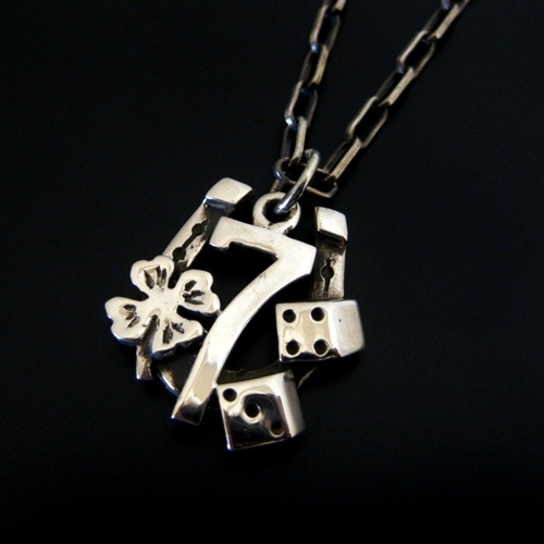 LUCKY 7 CHARM-silver