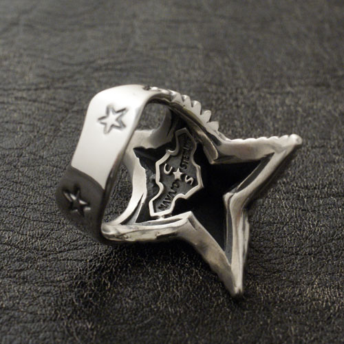 SPIKE STAR SQUARE RING
