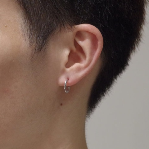 SILVER SIMPLE PIERCE / L