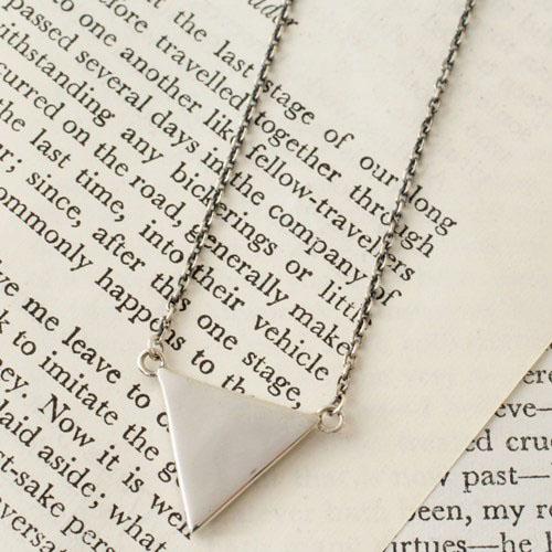 GARDEN OF EDEN C*G LIMITED Triangle Necklace
