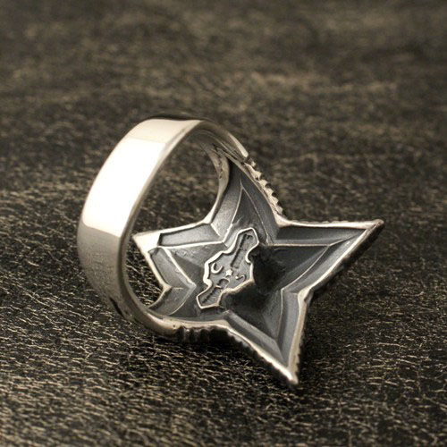 SMALL DEPP STAR SQUARE RING
