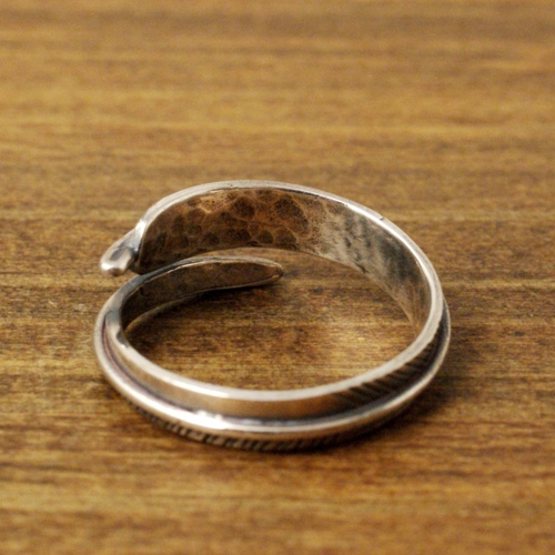 SMALL FEATHER RING 佐藤健さん着用