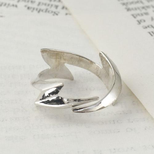 GARDEN OF EDEN Thunder Ring