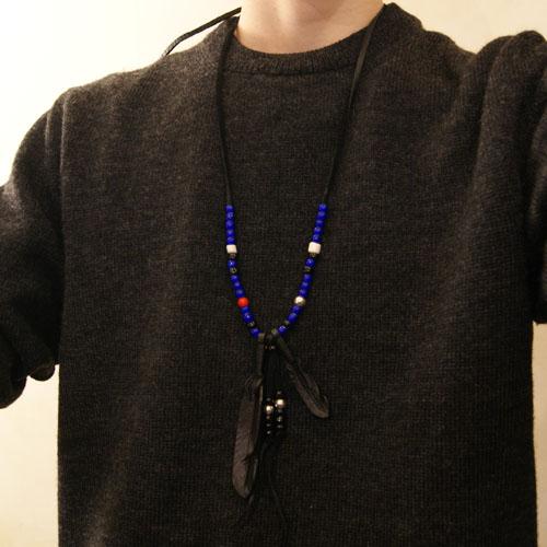 J.D Black Feather Necklace Blue
