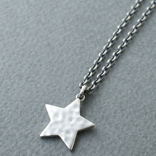 EXTRA LARGE TATAKI STAR NECKLACE
