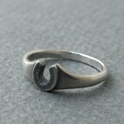 HORSE SHOE SMALL RING