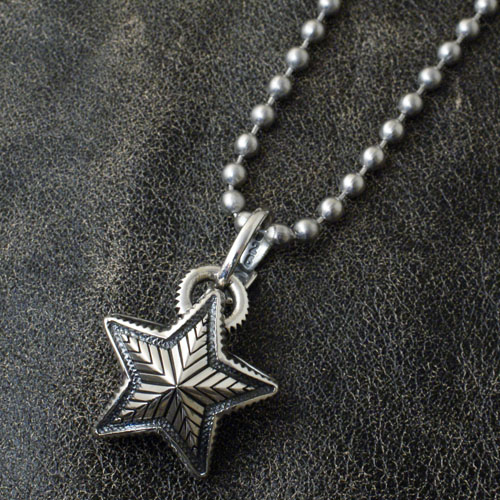 SMALL REVERSIBLE STAR ARROW VAIL PENDANT+STAINLESS BALLCHAIN