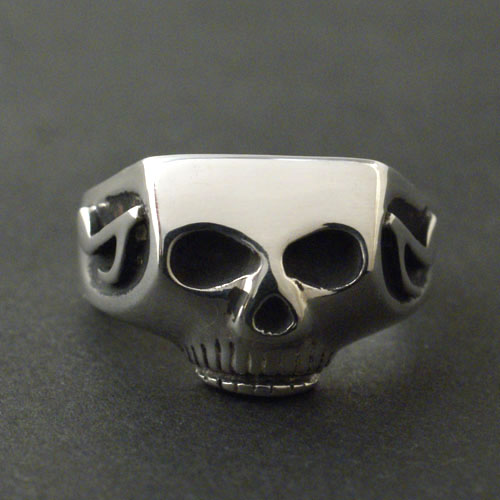 JIM SKULL RING MUSIC NOTE