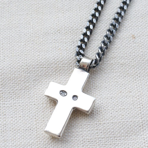 CROSS NECKLACE LARGE