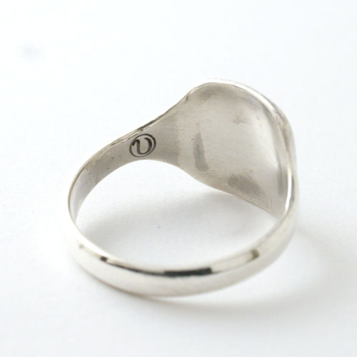 SIGNET RING ENGRAVED