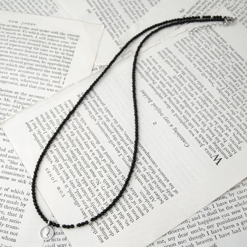 MAT ONYX COIN-TAG NECKLACE