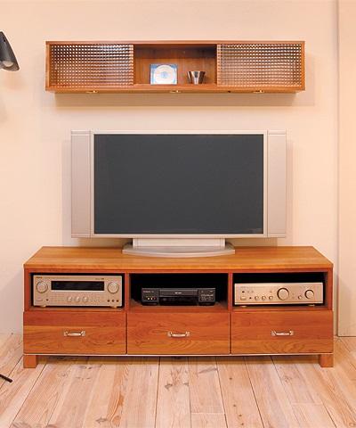 カベルネ TVボード