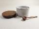 木と陶器のシュガーポット
