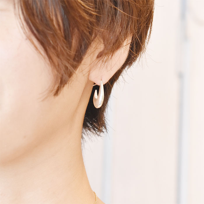 楕円形 サークル シルバー フープ ピアス Mini Oval Earrings (Silver)