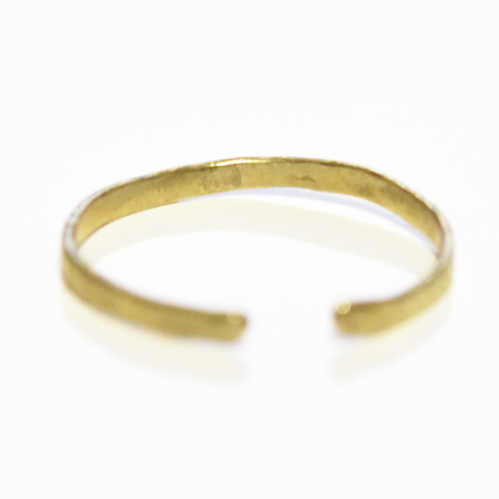 エッジ ゴールド C型リング Etched Texture Ring (Gold)