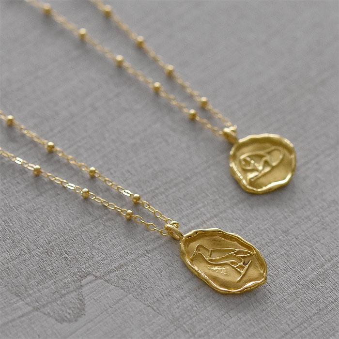 エジプト ヒエログリフ ライオン モチーフ コインネックレス ゴールド ビーズ チェーン ネックレス 14金仕上げ Hieroglyph Lion Coin Necklace (Gold)