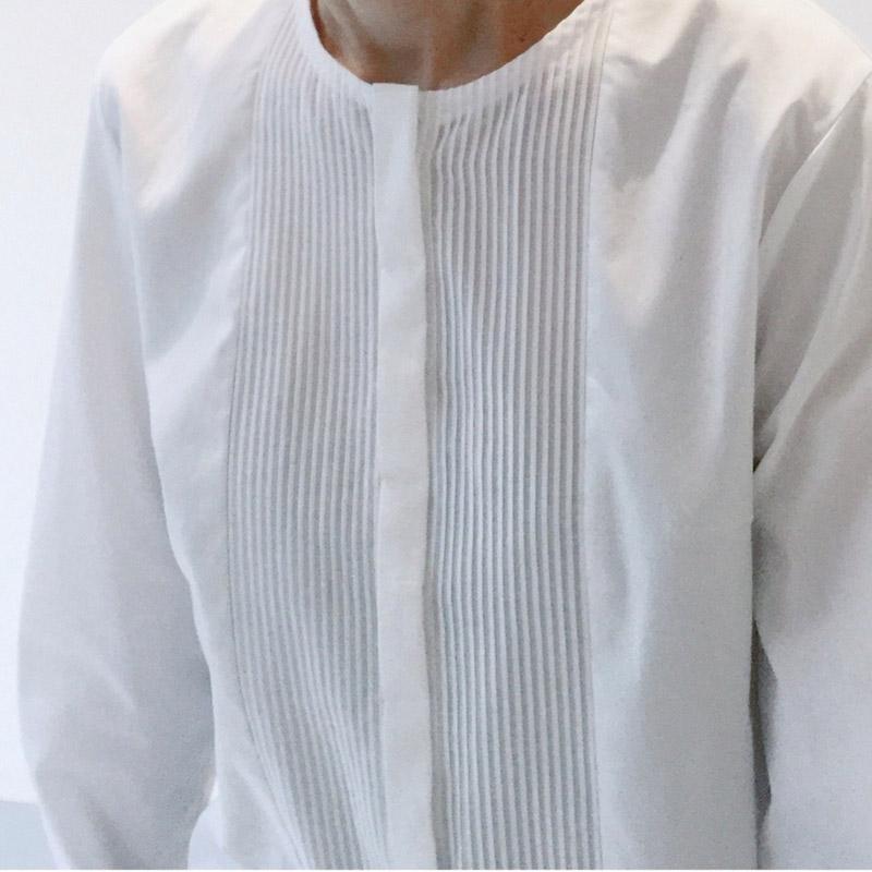 タック織長袖ブラウス