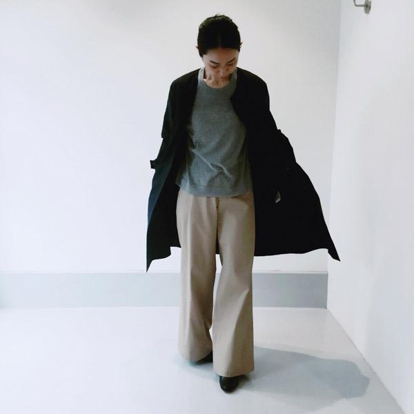ノーカラー・コート