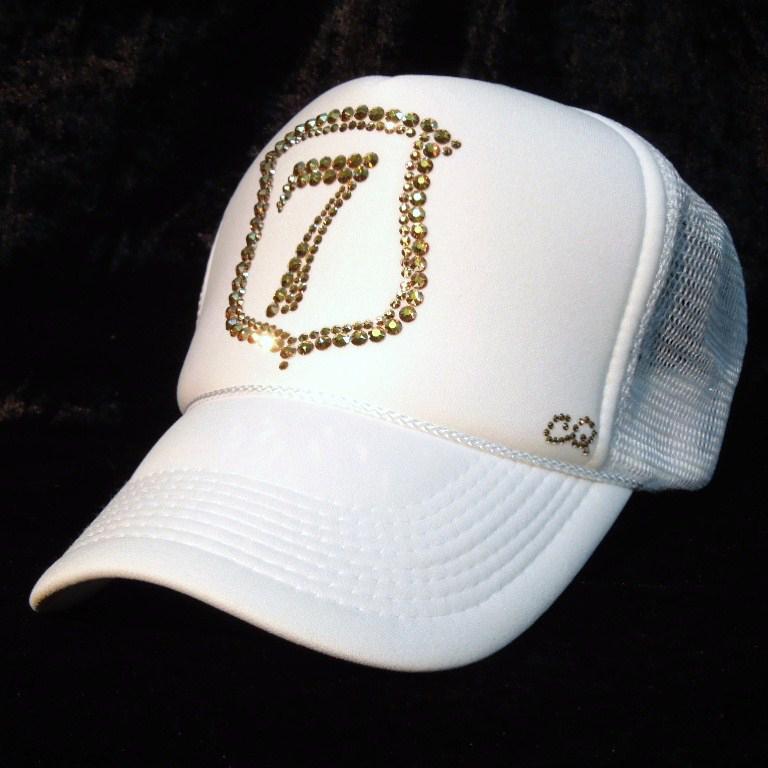 Emblem Seven Swarovski cap White×Gold