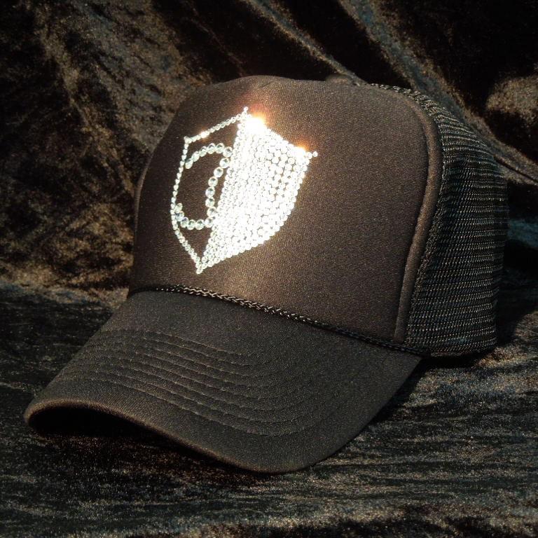 Half CQ emblem Swarovski Cap Black