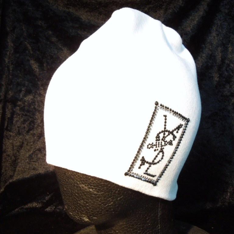 Square parody crash Swarovski knit cap white