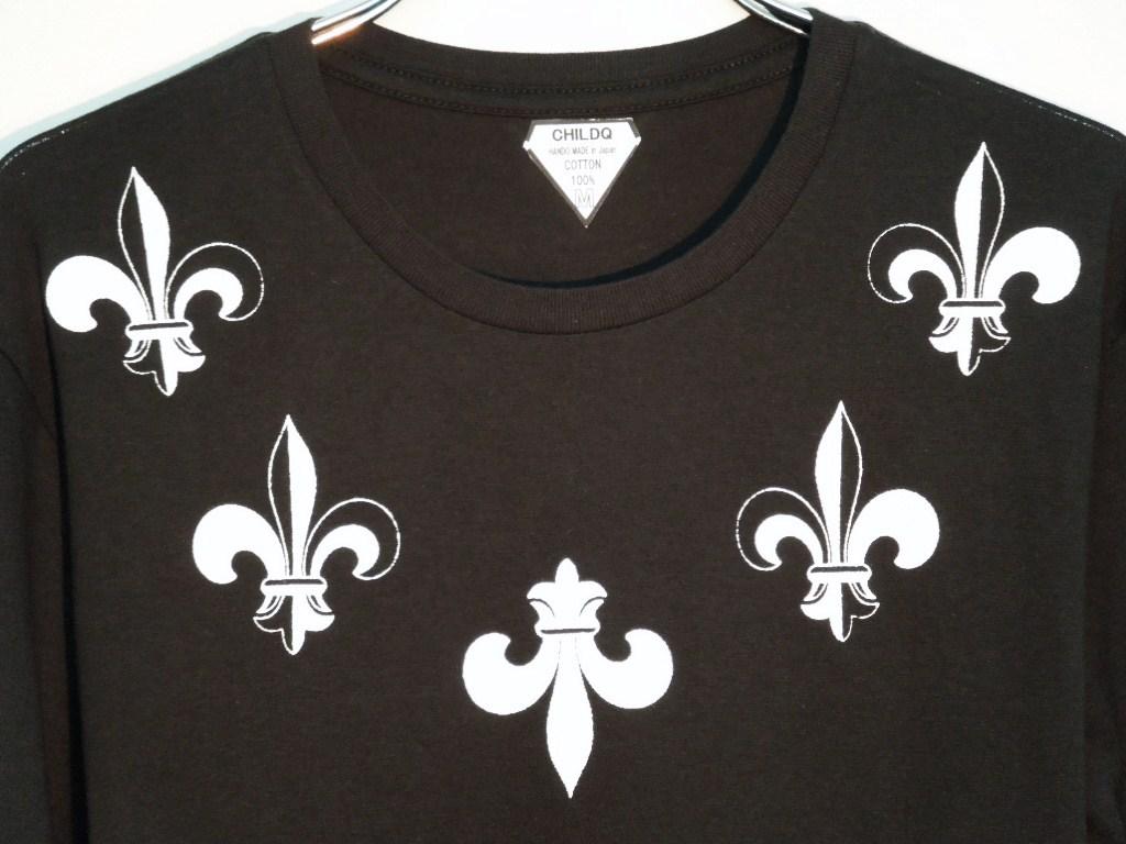 5 Lily emblem Long T-shirt black