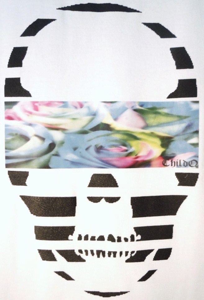 Skull Blue flower White