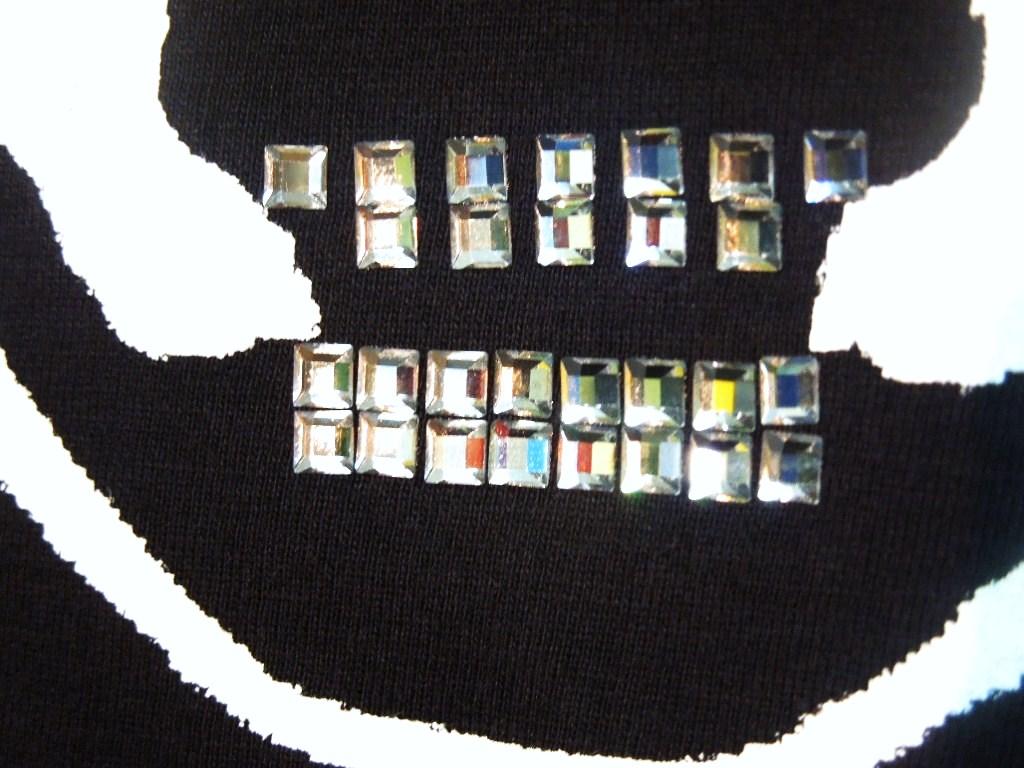 Skull Hat Italy color Swarovski Long T-shirt Black