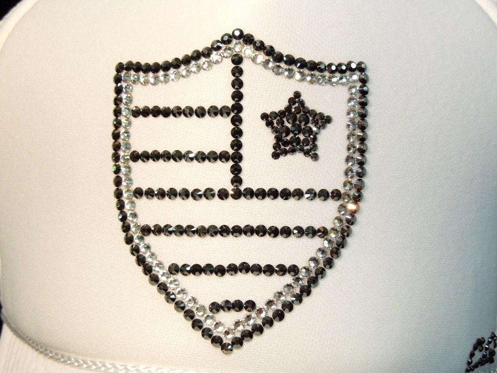 Emblem US Swarovski cap White