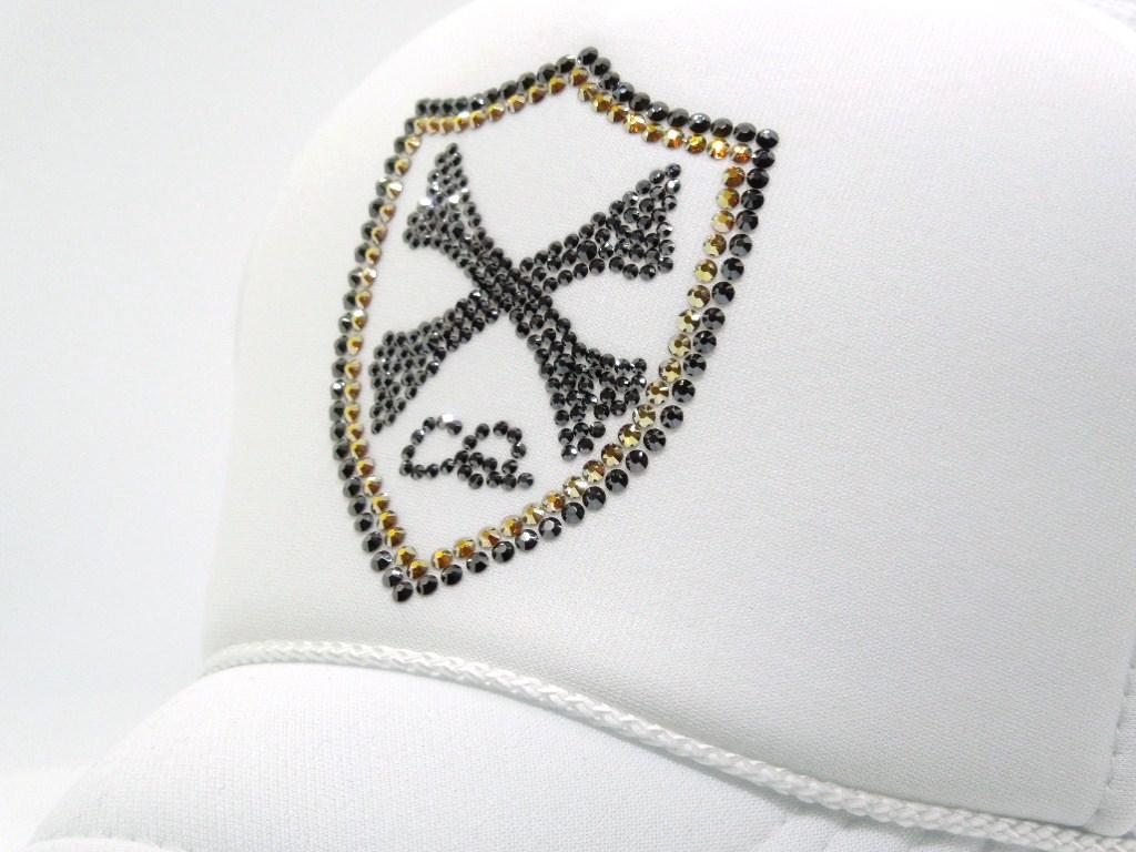 Emblem Cross Bone Swarovski Cap White