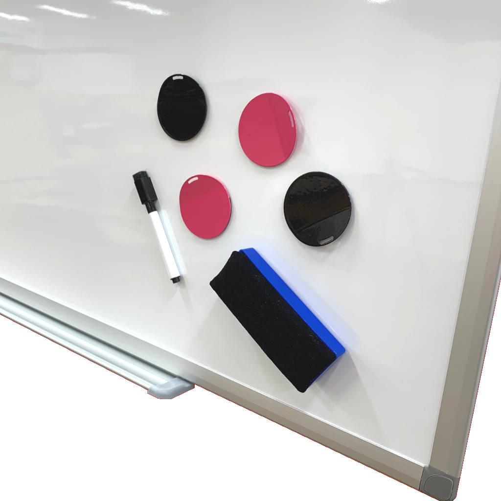 ホワイトボード 壁掛け マグネット対応 マーカー付き 無地 W800 H900 | I-KJWK-0690