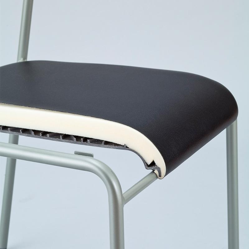 ミーティングチェア スタッキングチェア 会議用椅子 4本脚 スチール メッキ脚 キャスター付き 布 ブラウン | I-LTS-4PC-F