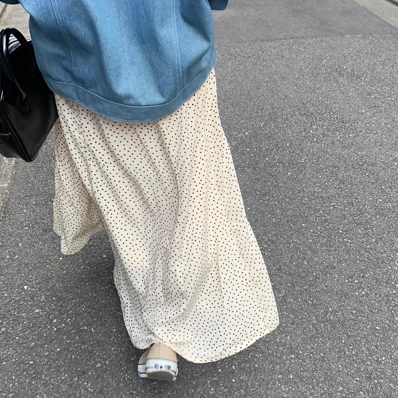 セミフレアドットスカート