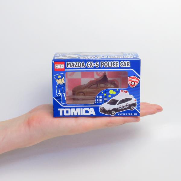 【完売】トミカ立体チョコ マツダ CX-5 パトロールカー