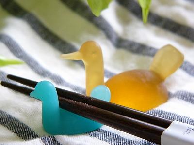 小鳥のガラス箸置き <LAKE> 【(大・小)】