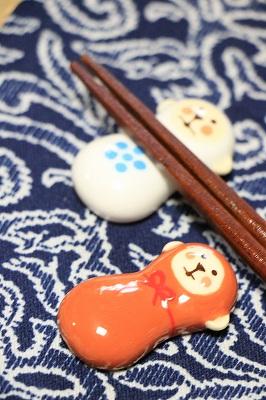 Decole お正月 めでた猿 箸置き <茶>/<白>