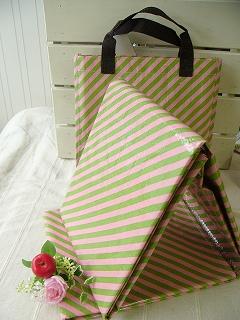 ストライプピクニックシート Lサイズ<4人用>(キャリングケース付き)